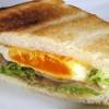 sendvici sa pastetom i jajima
