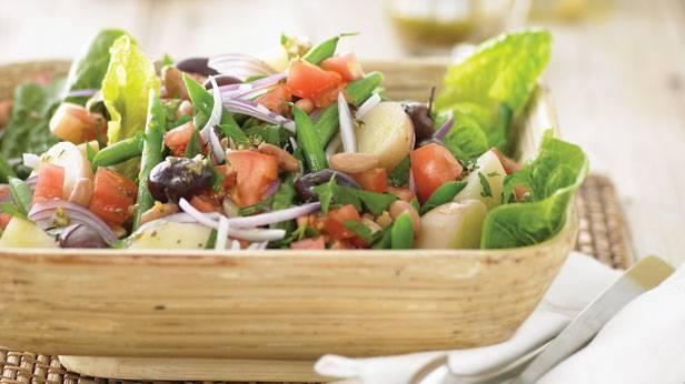 Zelena salata sa krompirom