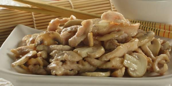 Kineska piletina sa sampinjonima