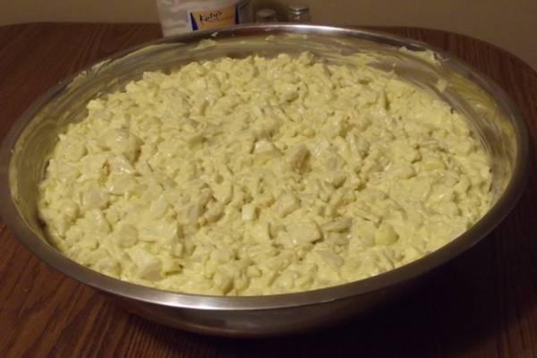 Salata od jaja i sira