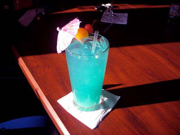 blue lagoon koktel recept