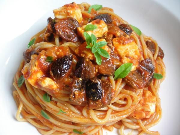 spagete sa tunjevinom