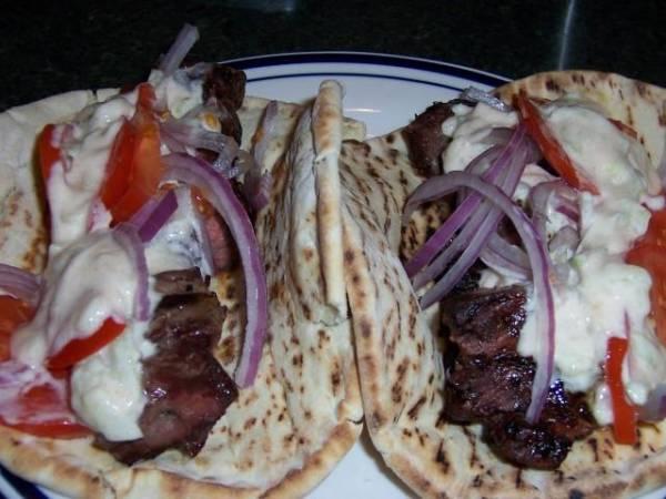 Tzatziki možete servirati uz pomfrit, meso, sendviče...