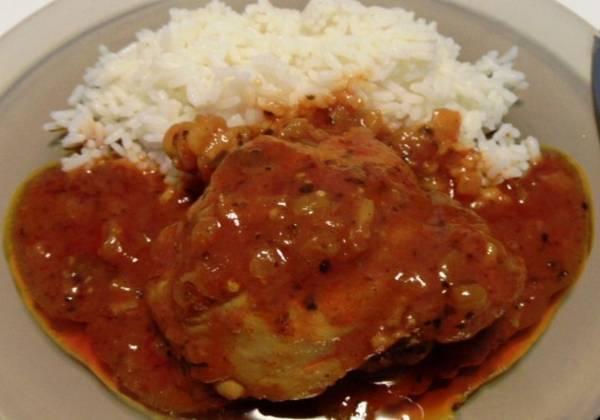 Piletina u sosu od sampinjona